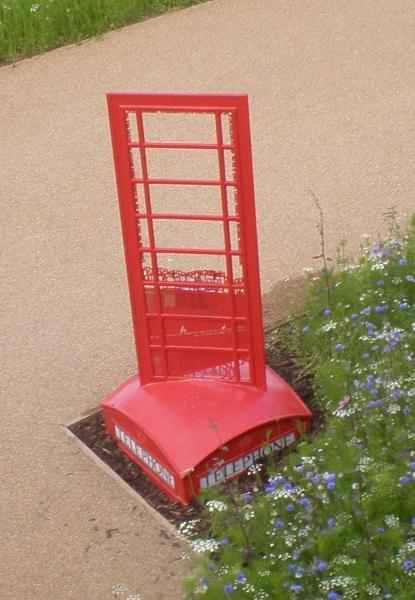 Vandalised telephone box