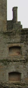 Lord's and Lady's apartments (E range): fireplaces with chimneys above